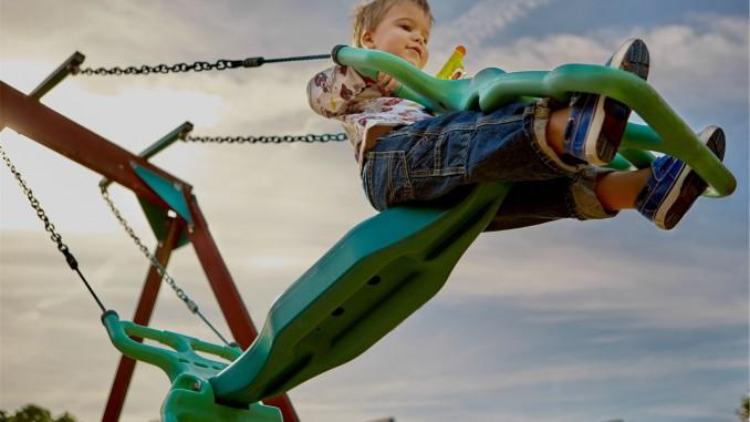 Tips for raising happy children